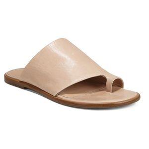 Vince Edris Sandal in Tan